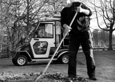 Anders in action svartvit