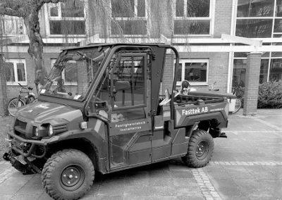traktor liten svartvit